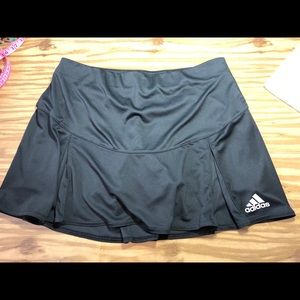 Adidas Wm pleated skirt with shorts size small